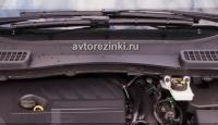 """Резинки бескаркасных щеток стеклоочистителей Ford Kuga 2 пок.(c 2013г.-н.в.) (28""""-700мм.+ 28""""-700мм.)"""